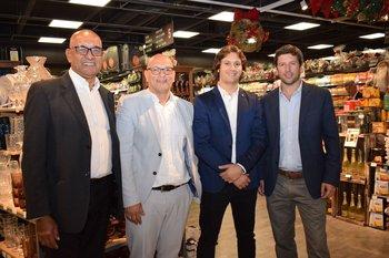 Fernándo Falcon, Alexandro Arevalo, antiago Barrios y Sebastian Cardoso