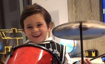 El hijo de Messi con su batería