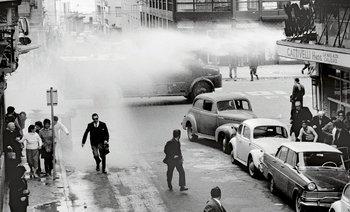Represión policial en 18 de Julio y Gaboto, octubre de 1971.