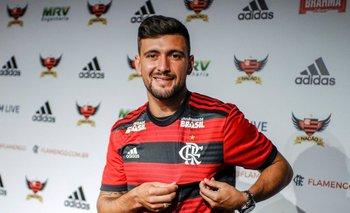 El uruguayo Giorgian De Arrascaeta fue presentado como nuevo jugador de Flamengo