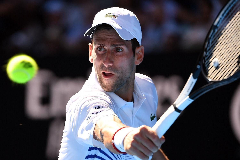 Djokovic perdió otro set, pero no permite que haya otra sorpresa