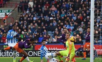Raheem Sterling anotó el segundo gol para Manchester City