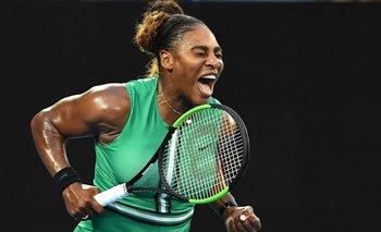 El festejo de Serena Williams tras ganarle a Simona Halep