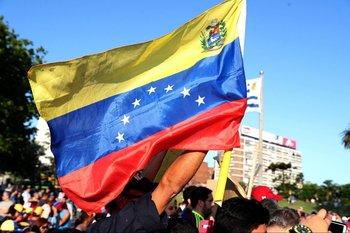 Venezolanos durante una protesta en 2019