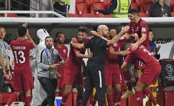 El festejo de los cataríes tras avanzar a la final de la Copa Asia