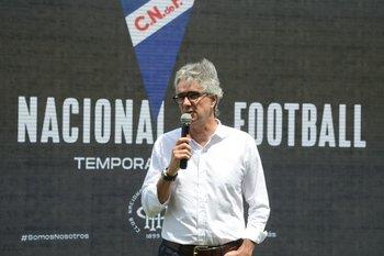 José Decurnex, presidente de Nacional