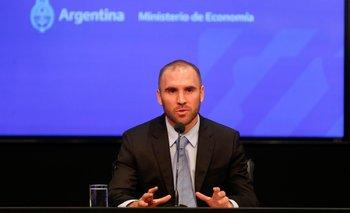 El ministro de Economía argentino, Martín Guzmán, en conferencia de prensa