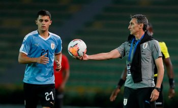 Para Ferreyra y Uruguay, en tres partidos se juega el pasaje a Tokio