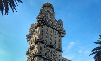 Palacio Salvo, una de las atracciones del Centro de Montevideo