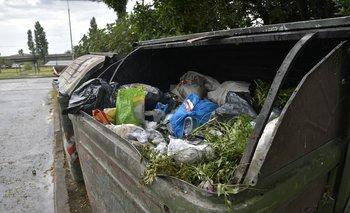 Volquetas de basura en Montevideo