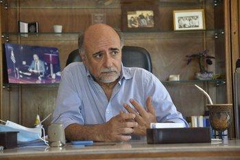 El ministro de Trabajo, Pablo Mieres, líder del Partido Independiente