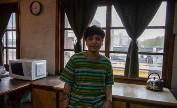 Sebastián Salaverry tiene 18 años y uno como hombre trans