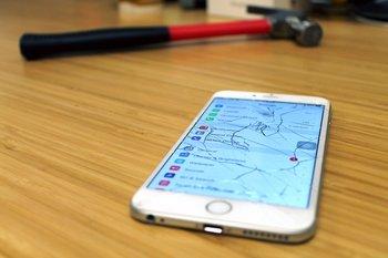 La pantalla es la razón principal por la que el smartphone es llevada a reparar.