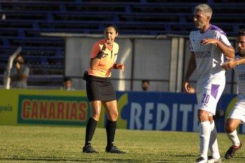 Umpiérrez siguió el juego con atención