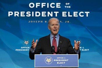 Joe Biden habla durante una conferencia de prensa en Wilmington