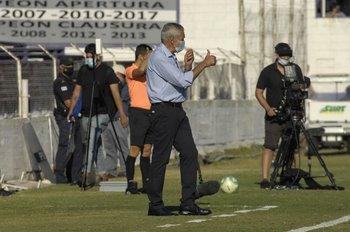 Gregorio Pérez, DT de Defensor Sporting