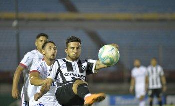 Leonardo Pais, uno de los titulares de Carreño para la final