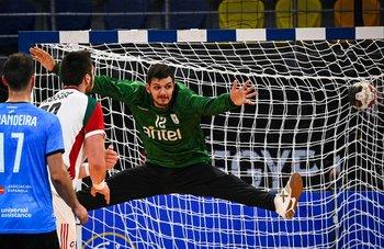 Andrés Viera en acción