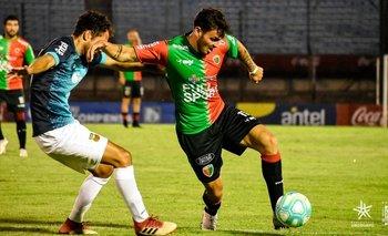 Facundo Rodríguez marcado por Gastón Pagano