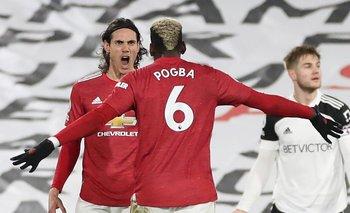 Las últimas noticias surgidas en Inglaterra informan que el caso de Cavani dio un giro y que permanecería en Manchester United