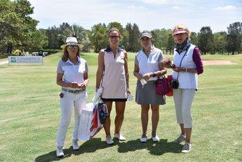 Ines Leborgne, Josefina Tilve, Rosa Romero y Fiorella Bonicelli