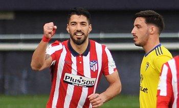 Luis Suárez lleva 16 goles en la actual Liga Española y es el goleador
