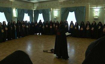 Las brujas se reunieron para mostrar su apoyo a Putin.