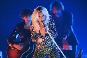 Lady Gaga fue una de las artistas que cantó en la gala de la edición 61 de los premios Grammy