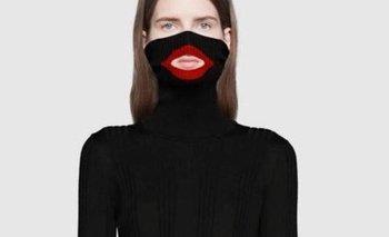 Imagen del suéter Balaclava retirada de Gucci