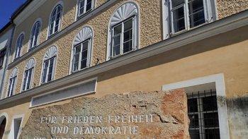 Las autoridades austriacas quieren derribar la casa en la que nació Hitler.