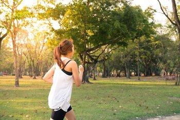 Hacer ejercicio es una de las actividades no laborales que podría ocupar