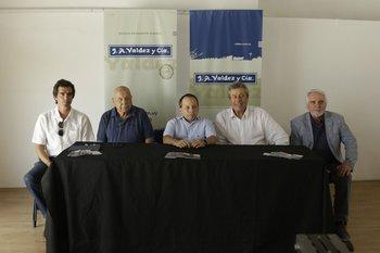 Alejandro Núñez, Abayubá Valdez, Pablo Valdez, Enrique Antía y Jesús Bentancur durante la conferencia de prensa en Punta del Este