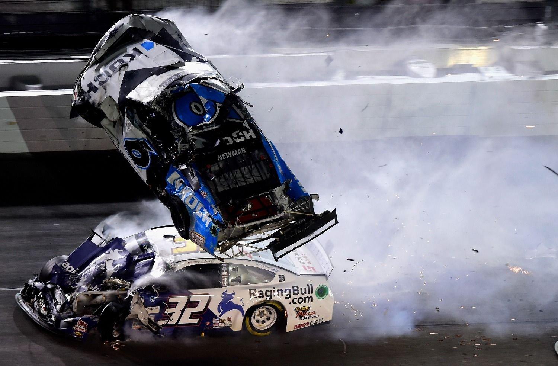Escalofriante accidente en las 500 de Daytona