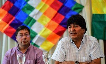 Luis Arce junto a Evo Morales.