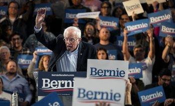 """Sanders fue rápido en cantar victoria y dijo que su """"coalición multirracial y multigeneracional"""" que ganó en Nevada """"arrasará en el país"""""""