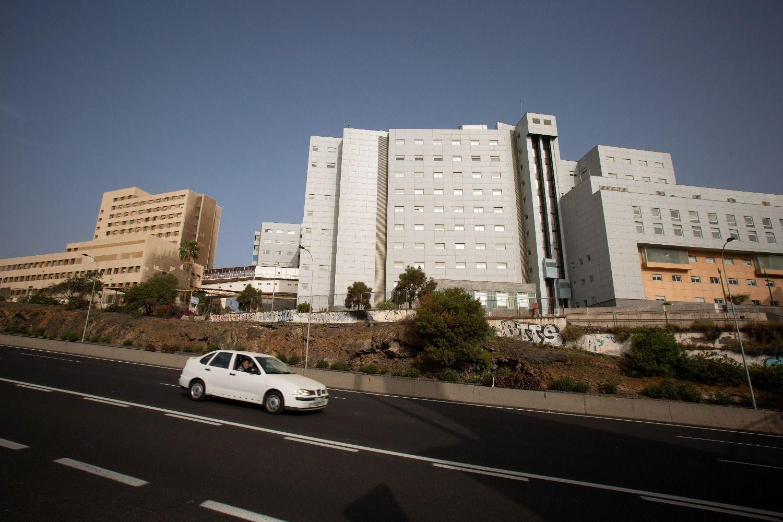 Más de 1.000 turistas aislados en un hotel de Tenerife — Coronavirus