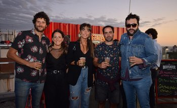 Rodrigo Pérez, Camila Álvarez, Ana Laura Durante, Daniel Rowland y Johnny Walker