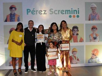 Paulina Effinger, Chacho Ramos, Lucía Ramos, María Inés Obaldía, Magdalena Correa y Delfina (paciente de la Pérez Scremini)
