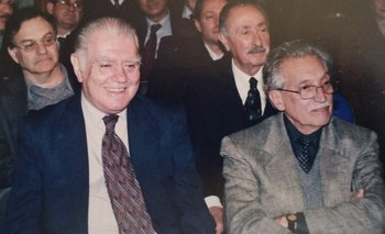 Alejandro Végh Villegas, Alberto Bensión, Líber Seregni y Mariano Arana en 2002, durante la presentación del libro de Adolfo Garcé sobre la Cide