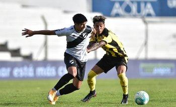 Santiago Mederos tiene un problema en la rodilla y aún no pudo firmar en Peñarol