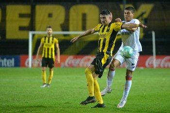Joaquín Piquerez y Brian Ocampo