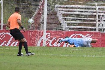 Correa no llega y es gol de Danubio