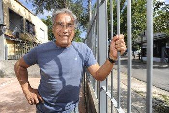 Waldemar Victorino en el presente, en su casa del Cerro
