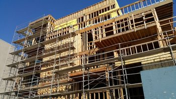 """La madera es la """"bandera"""" del Ministerio de Vivienda para la construcción de viviendas en esta administración"""