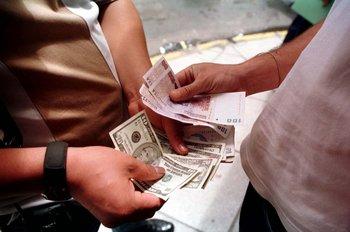 Dólar Blue en Argentina alcanza el pico