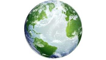 Los continentes a cada lado del Atlántico están cada día más lejos