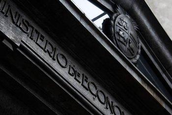 Ministerio de Economía y Finanzas.