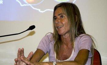 Adriana Zumarán en una charla sobre frutas de exportación del Instituto Nacional de investigación Agropecuaria