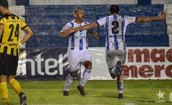 Borges celebra ante Peñarol en el Clausura