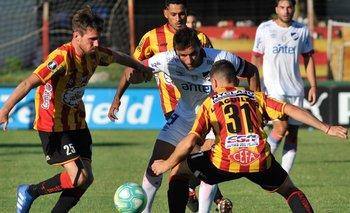 Gonzalo Bergessio jugará de titular ante Progreso